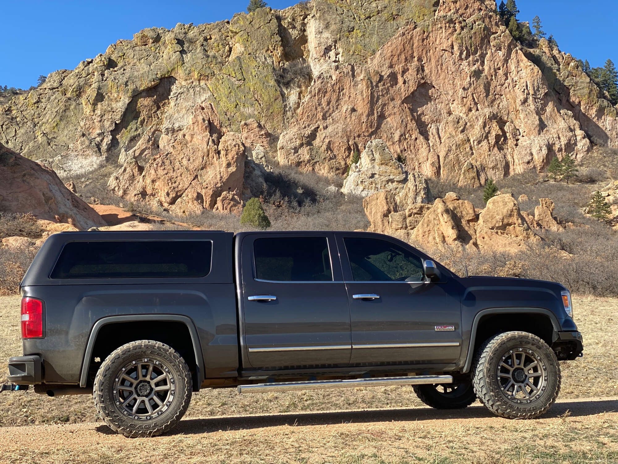 Lifted GMC Sierra All Terrain
