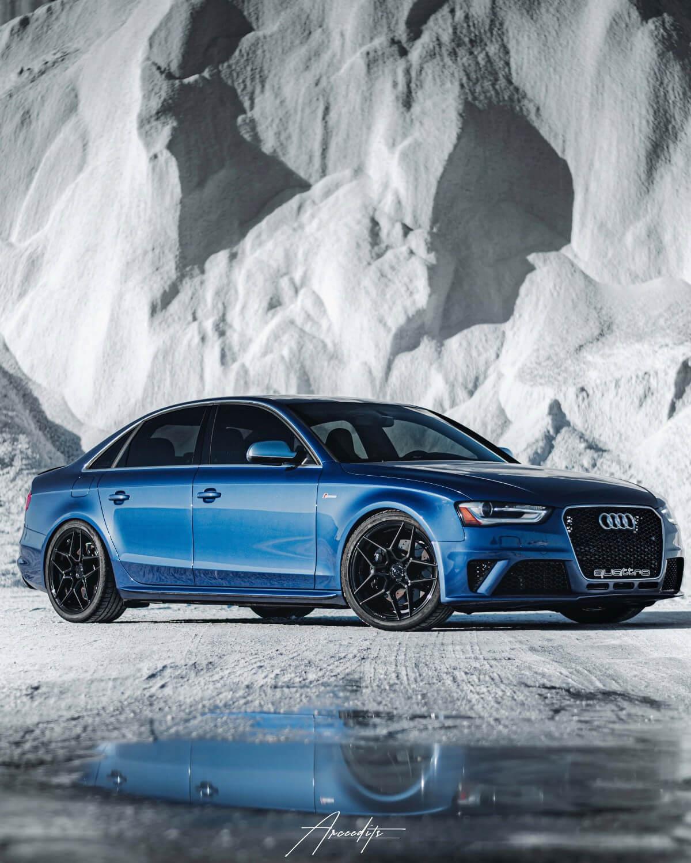 Rohana Wheels on Audi S4